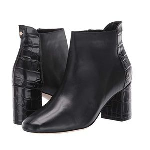 Cole Haan Black Leather Ankle Booties Size 9.5